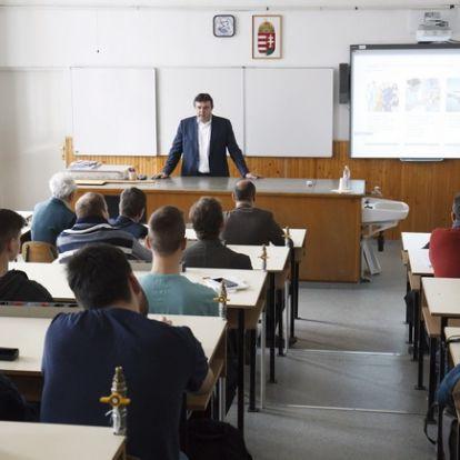 Nemzeti tragédia a hazai iskolákban: ennyien buknak ki érettségi nélkül