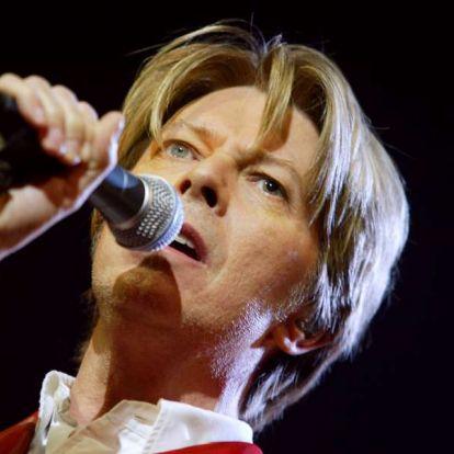 Egy kenyereskosárban találták meg David Bowie első demófelvételét