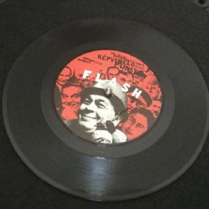 """""""Kis fokozat"""", nagy élvezet – A Flash és a Folk On 45 kislemezeiről"""