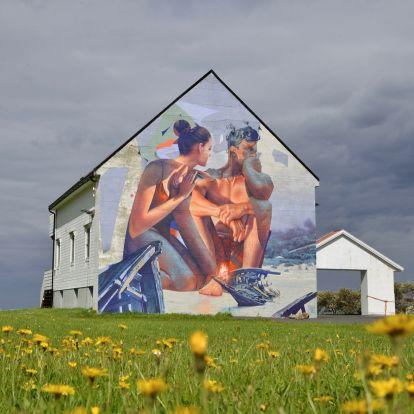 Megindító falfestményt kapott egy tengerparti norvég kisváros