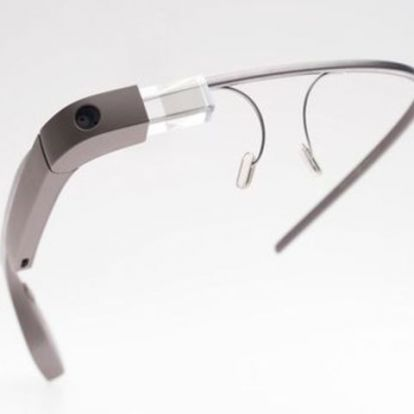 Mesterséges intelligenciával tér vissza a Google Glass