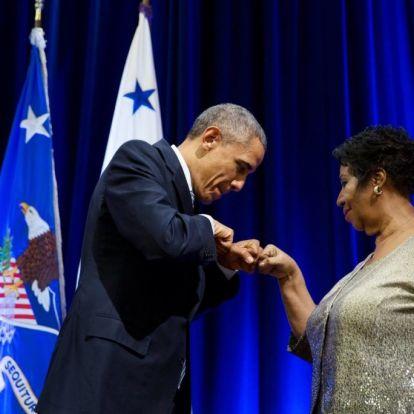 Obama megható üzenetben búcsúzott Aretha Franklintől