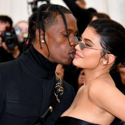 Kylie Jenner turnézni viszi 6 hónapos fiát