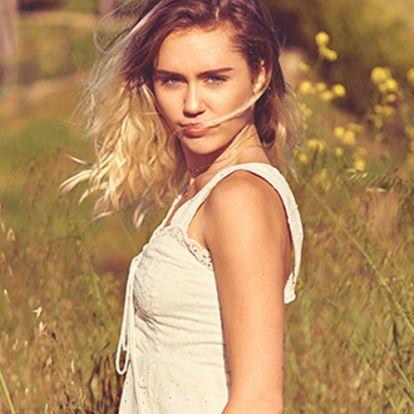 Miley Cyrus mindent megtesz, hogy teherbe essen?