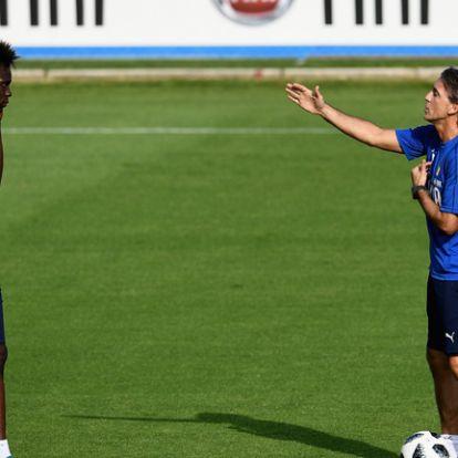 Mancini Stonest bömböltet Balotelliéknek