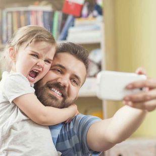 Így őrizd meg gyermeked online biztonságát