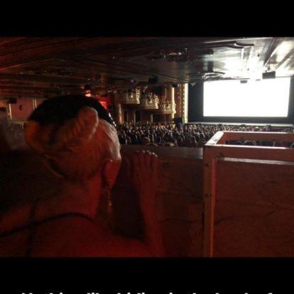 Lady Gaga elbújt saját filmje bemutatóján