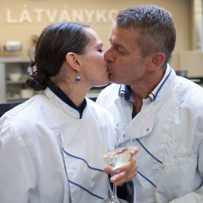Menyasszonya, Pikali Gerda tartja el Rékasi Károlyt