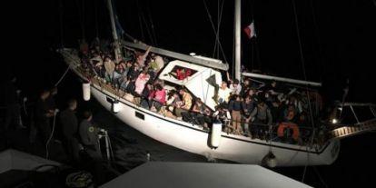 Salvini lecsukatott és hazazavar mintegy 200, most érkezett migránst