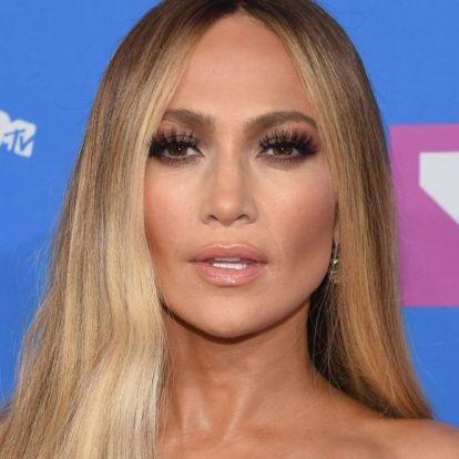 Jennifer Lopez tökéletes testébe még nagyon közelről sem tudunk belekötni