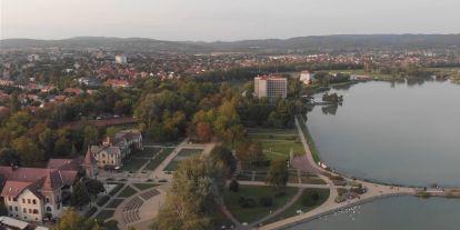 Lenyűgöző légivideón mutatják be Tiborcz István roppant ingatlanbirodalmát