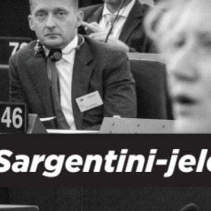 Ma hajnalban az EP vádiratát osztogattuk – nyomtasd ki te is!