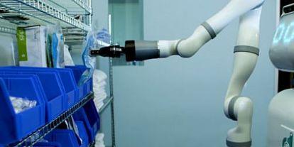 Itt a robot, ami elveszi a nővérek munkáját a kórházakban