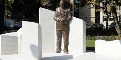 Felavatták Göncz Árpád szobrát