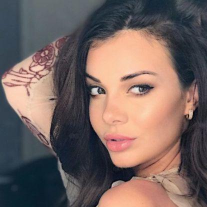 Bódizs Veronikának eltűnt a mellbimbója Dubajban