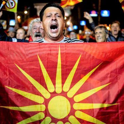 Putyin belepiszkált a népszavazásba, hogy a Balkánon ne legyen uniós barátkozás
