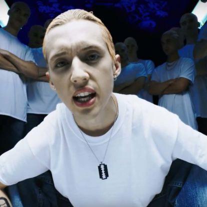 Britney Spears, Eminem és Michael Jackson egy videóban - ilyen volt az élet a '90-es években