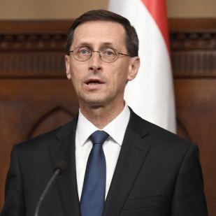 Varga Mihály: a gazdaság növekedése mellett emelkednek a keresetek is