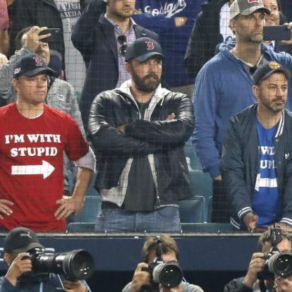 Ben Afflecket szívatták Matt Damonék a baseball-döntőn