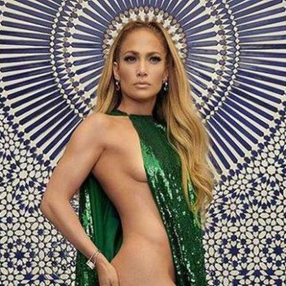 Mit ne mondjunk, Jennifer Lopez elég jól néz ki 49 éves korában