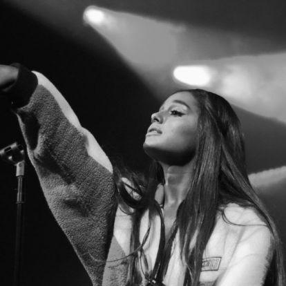 Ariana Grande párkapcsolati tanácsadóva avanzsált