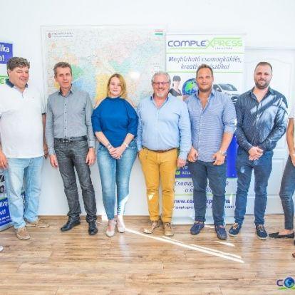 Átadták a magyarországi 'Év Webshopja' díjat