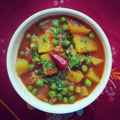 Aloo Matar szabdzsi - azaz a indiai zöldborsós krumplifőzelék