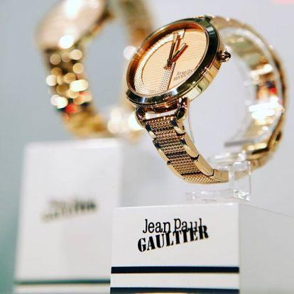 Komfortzónán kívül a Jean Paul Gaultier órákkal   Marie Claire