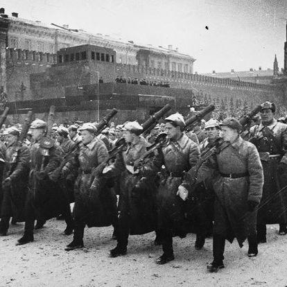 A nap, amikor ellentámadásba lendült a szovjet gőzhenger