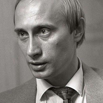 Kreml: Putyin is kaphatott Stasi-igazolványt