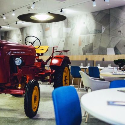 Green cuisine, red tractor