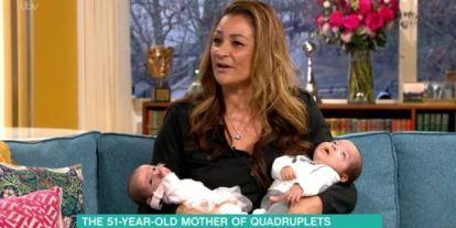 Élő adásban került a baba nyakára a fejpántja, édesanyja észre sem vette