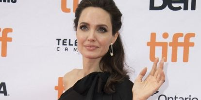 Dagad a botrány, Angelina nagyon nem örül Brad Pitt új választottjának
