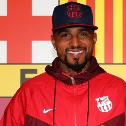 Hivatalos: Boateng a Barcelonában folytatja