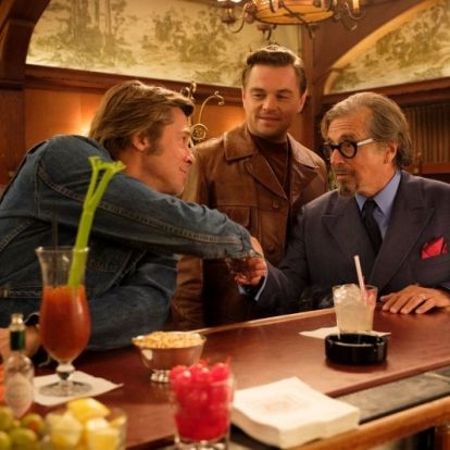 Exkluzív fotók érkeztek Quentin Tarantino új filmjéhez