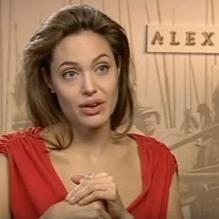 Három év után újra egy fotón láthatjuk Angelina Jolie-t és Brad Pittet ca1e1fd77a