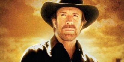 Futóverseny: Fuss Chuck Norris-nak öltözve és pacsizz a végén a sztárral!