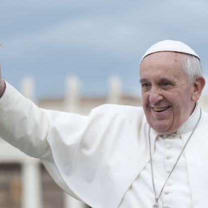 Ferenc pápa: A gyermekek és szüleik kiáltása felhallatszik az égbe