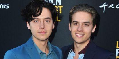 Dylan Sprouse megpróbálta beégetni tesóját a neten, de Cole nem hagyta magát