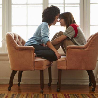 Divat vagy hormonok? Egyre több harmincas nő hagyja ott a férjét egy másik nőért