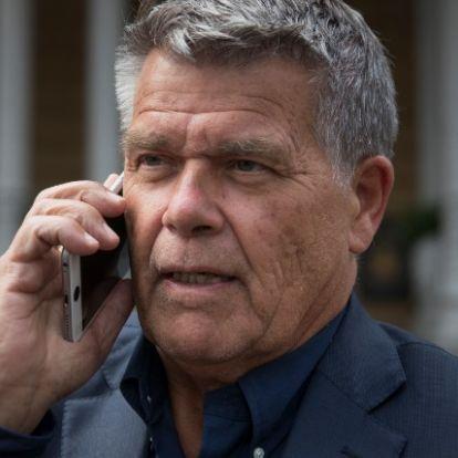 Kevesebb sugárzásnak teszi ki magát a telefonáló, ha headsetet használ