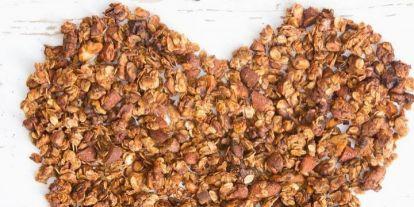 Ropogós granola - a legjobb kényeztető reggeli egészségesen