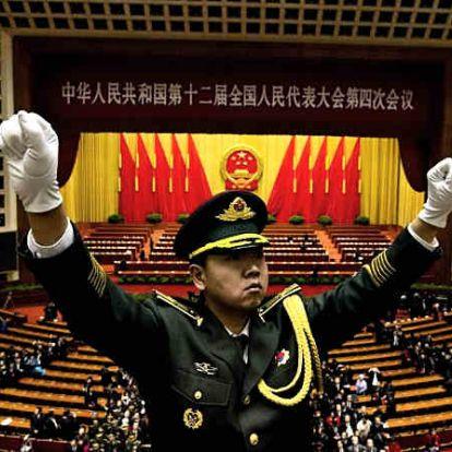 Támogatja a Huaweit a kínai kormány a Washington elleni perben