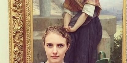 Emberek, akik hasonmásukat egy múzeumban kiállított festményen fedezték fel