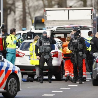 Lövöldözés volt Hollandiában egy villamoson