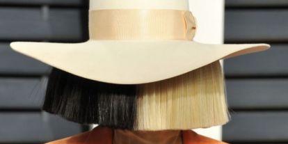 Wow, nem is emlékeztünk, hogy Sia ilyen csinos!