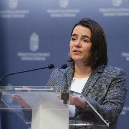 Fidesz: A tömeges bevándorlás helyett a gyermekek támogatása a jó megoldás