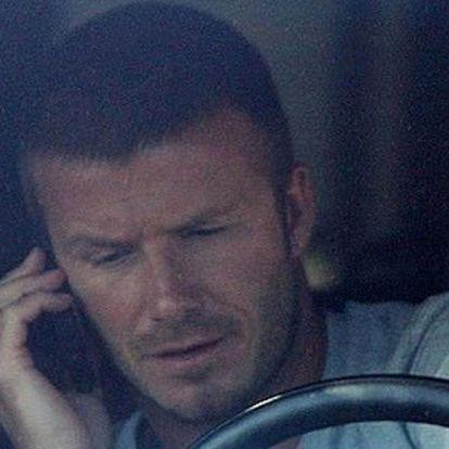 David Beckham megint lebukott, és most nem is úszta meg