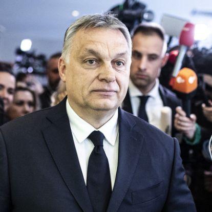 Orbán Viktor sajtótájékoztatót tart a néppárti döntés után