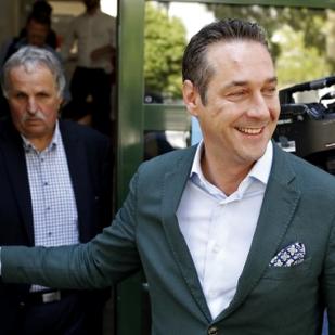 A legnagyobb ausztriai muszlim szervezet nekitámadt Heinz-Christian Strachénak